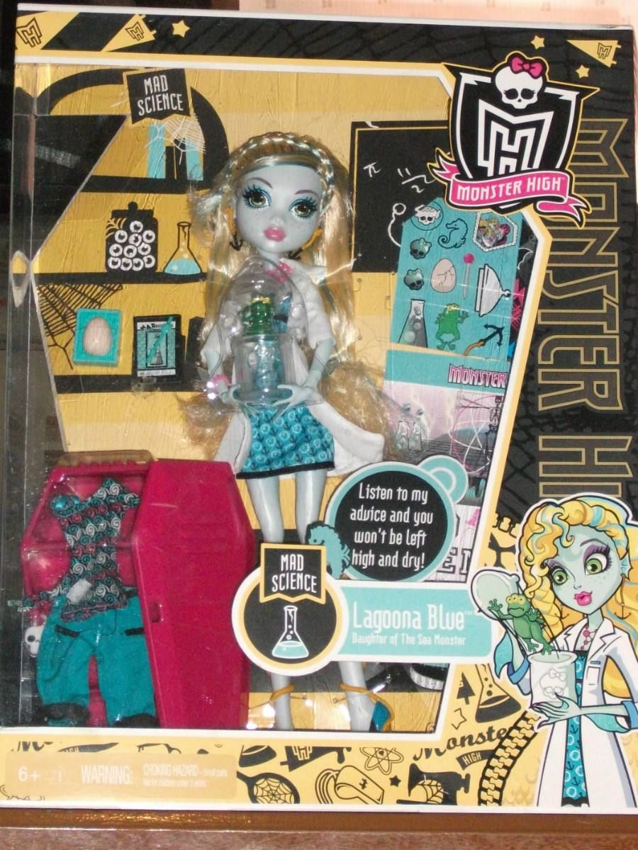 MONSTER HIGH LAGOONA BLUE MAD SCIENCE doll PLAYSET w
