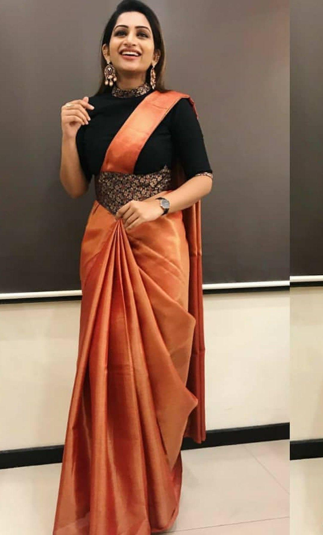 Pin By Chakradhara A On Blouses Designer Saree Blouse Patterns Saree Look Saree Blouse Designs Latest