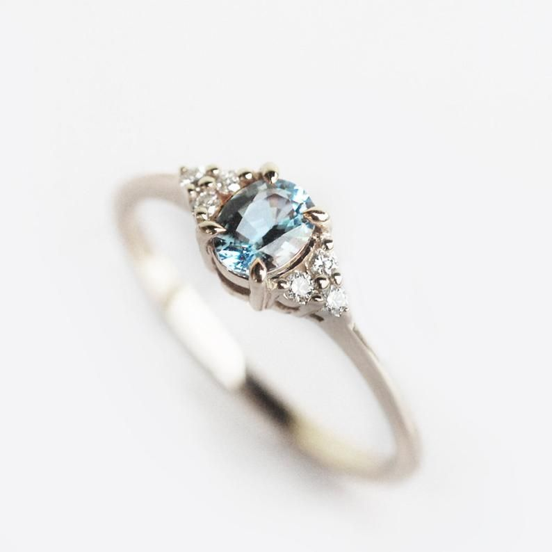 aquamarine engagement ring rose gold, dainty engagement ring, aquamarine ring gold, natural stone engagement ring, oval shape ring #aquamarineengagementring