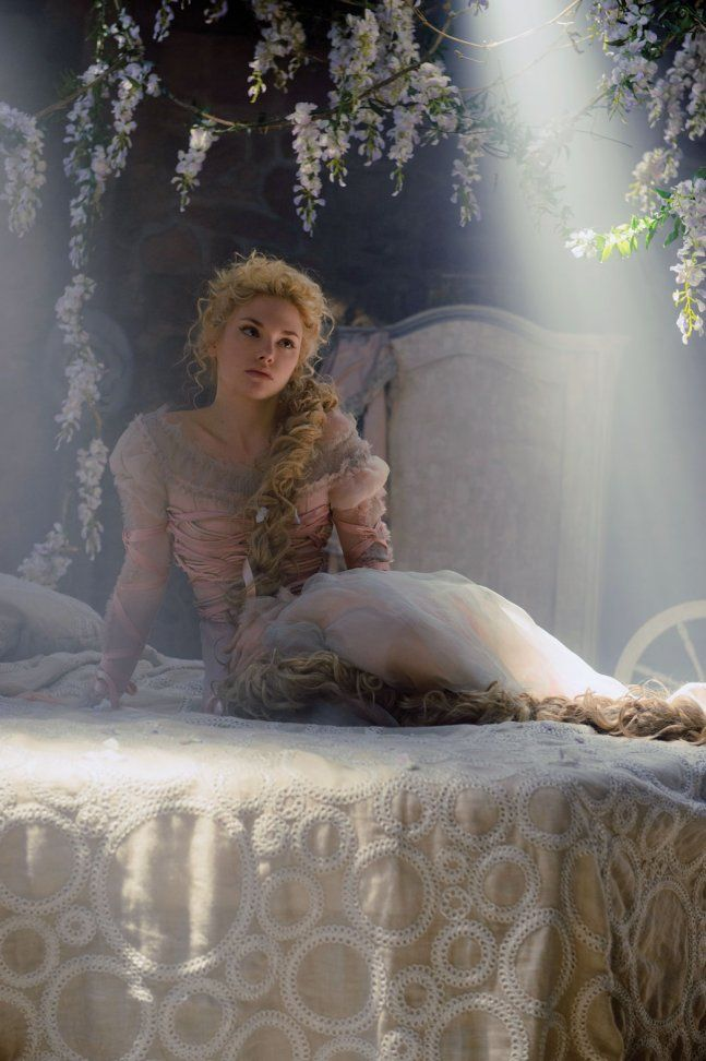 Watch Into the Woods Full-Movie Streaming