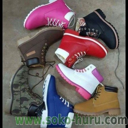 panel Oeste simbólico  Timberland boots in different colours and sizes. >> << | Timberland boots,  Boots, Timberland boots outfit