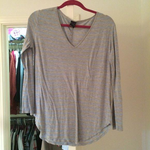 Striped Grey & Blue GAP Long Sleeve Shirt Soft, only worn twice, no snags, v neck GAP Tops Tees - Long Sleeve