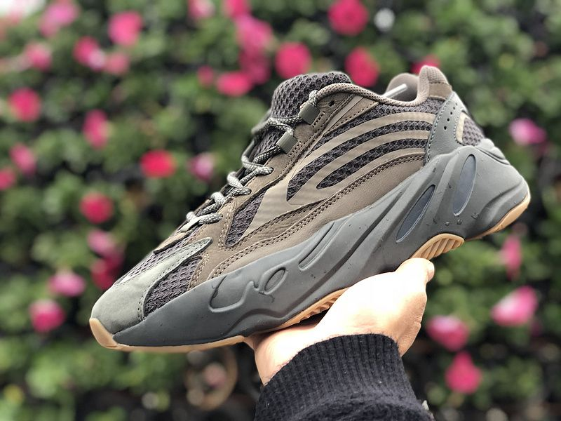 "9fea9c4f7bff6 Yeezy Boost 700 V2 ""Geode"" Preview-KicksVogue"
