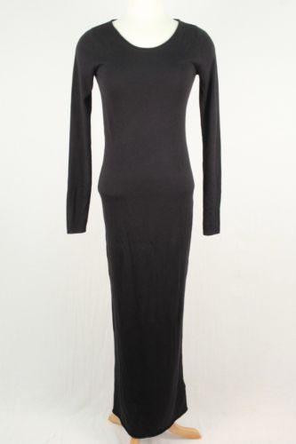 Can't go wrong with this Alexander Wang knit maxi! Dress it up with a bold necklace or eye catching bag
