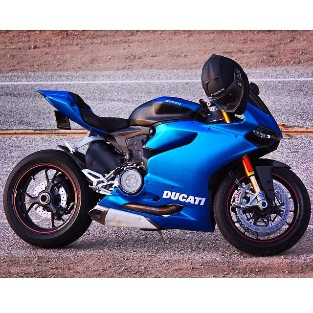 JL 1199 Panigale R Motorbike Ducati Art T-shirt