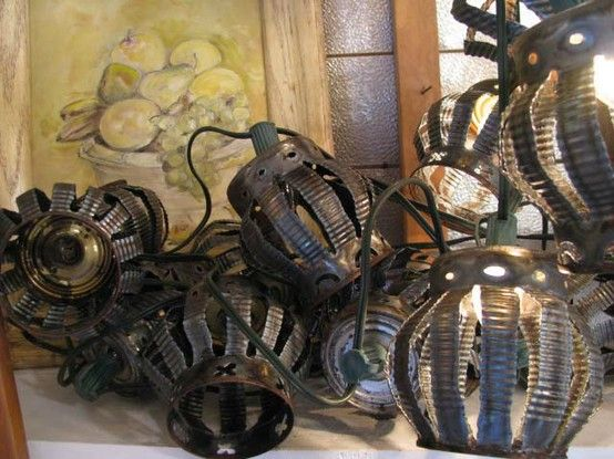Outdoor Lights made from Tin Cans Craft Closet: Crafty Decor (non-seasonal) Pinterest Them ...