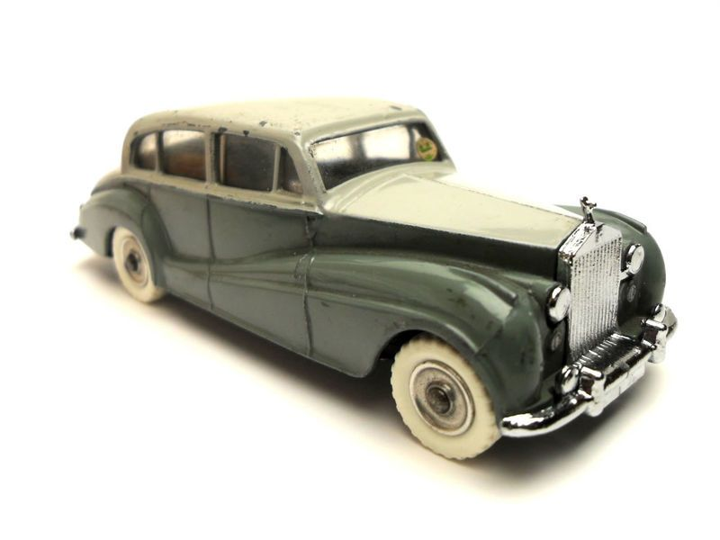 Vintage Dinky 150 Rolls Royce Silver Wraith Toy. two tone grey ...