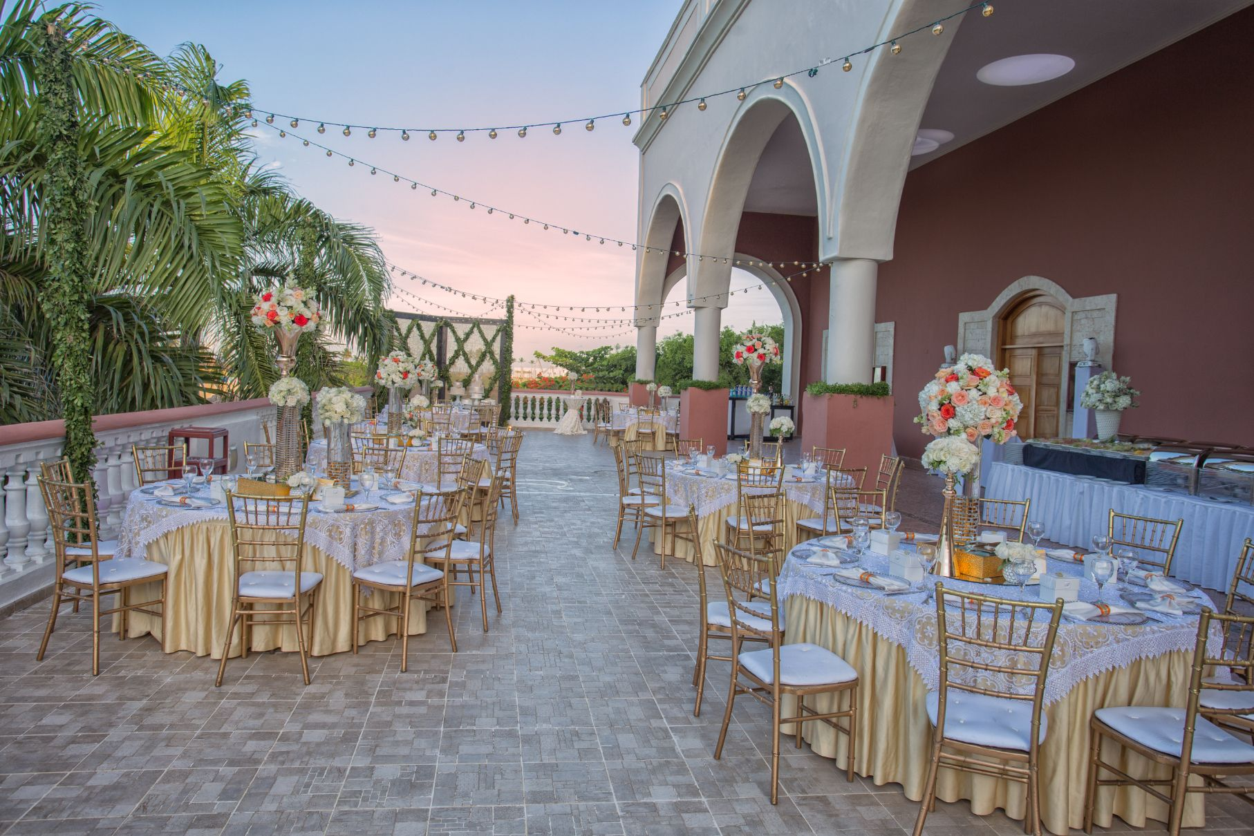 Himitsu terrace is the perfect location for your reception for 4758 setting sun terrace