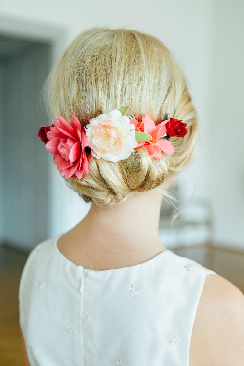 Bunte Vintage Hochzeit Im Schloss In Rot Orange Pink Hair And Make