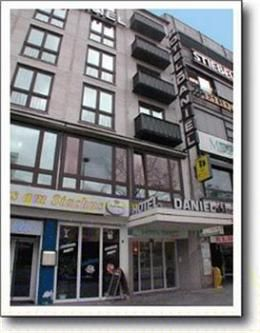 Hotel Daniel Munich Links To Trip Advisor You Can Link To The Hotel S Site From Here Germany Vacation Hotel Sites Hotel