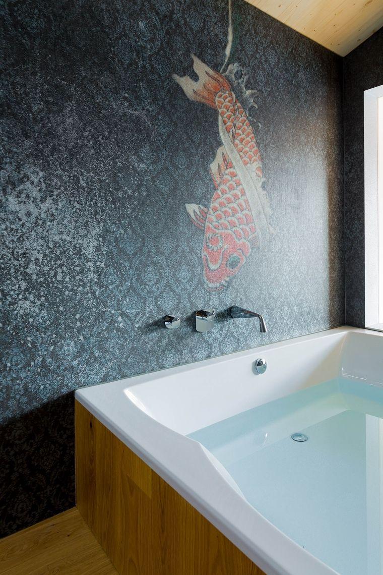 Tapete Im Bad Und Der Dusche In 2020 Dekorative Wandmalereien Tapete Fur Bad Tapeten