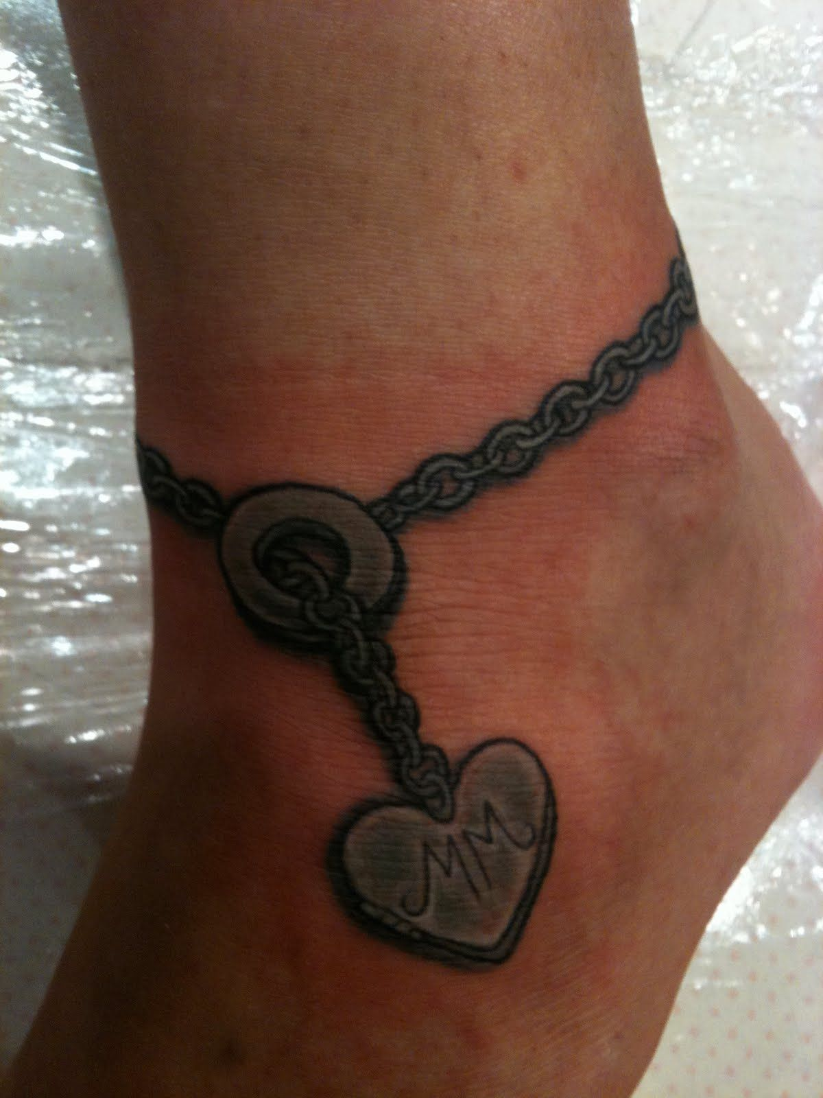 Thinking something similar to this with two hearts with kidsu names