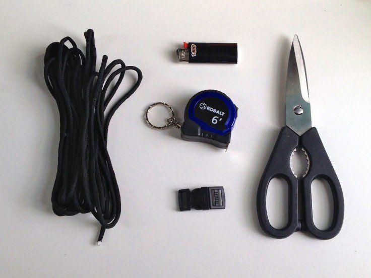 Cobra Paracord Survival Bracelet Supplies