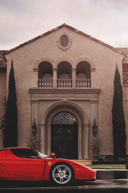 Playboy's Toys ~c.c.c~Luxury Home With Flamboyant Car Parked Outside