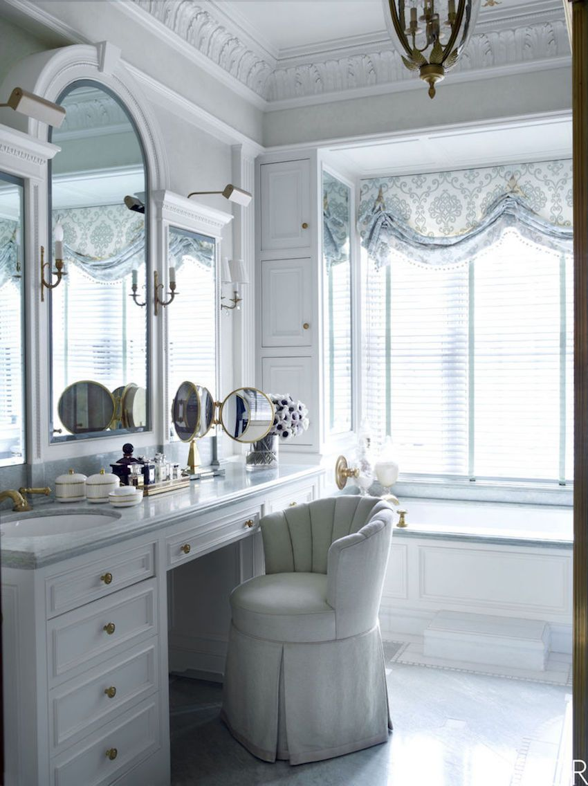 Fantastic Wall Mirror Ideas to Inspire Lavish Bathroom Designs ...