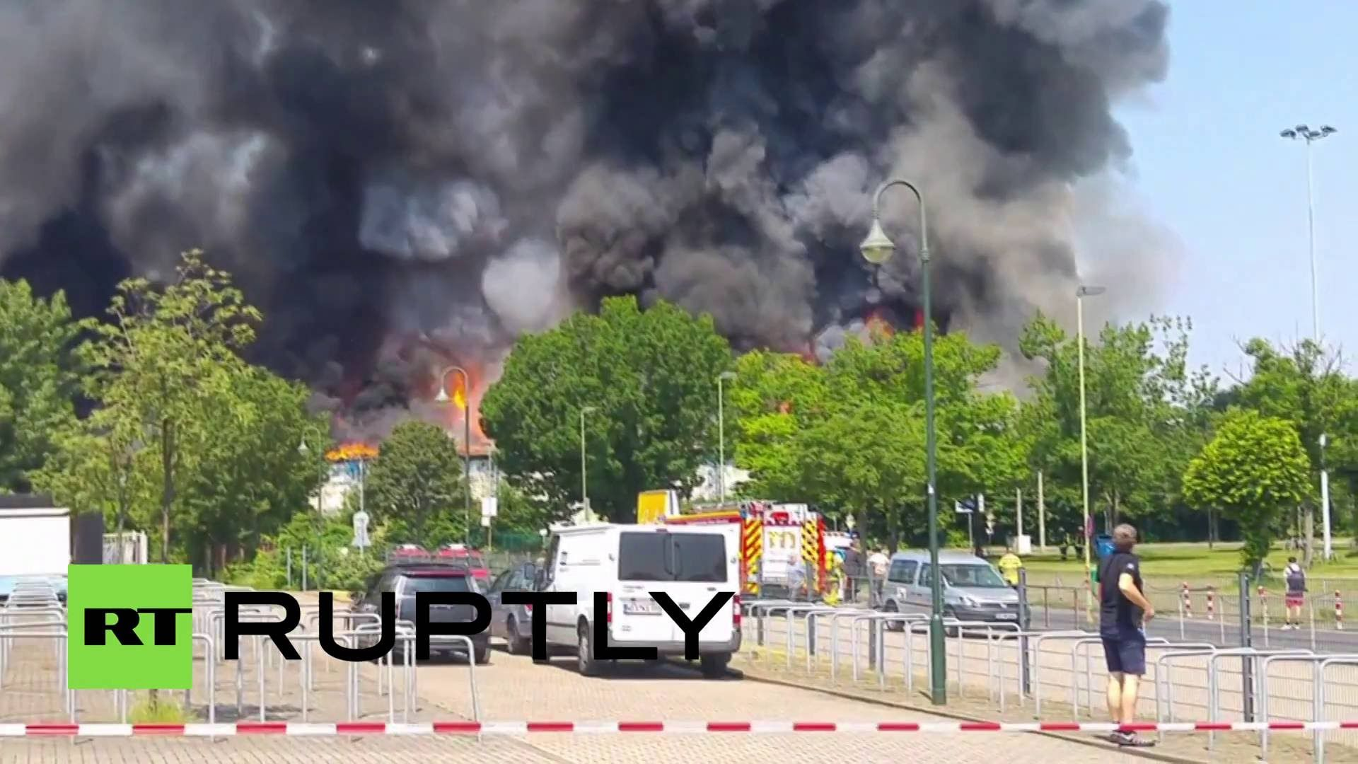 Huge fire rips through refugee camp in Germany, over 70 firefighters on ...