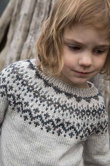 Tin Can Knits Dog Star Pullover Knitting Pattern Intarsiafairisle