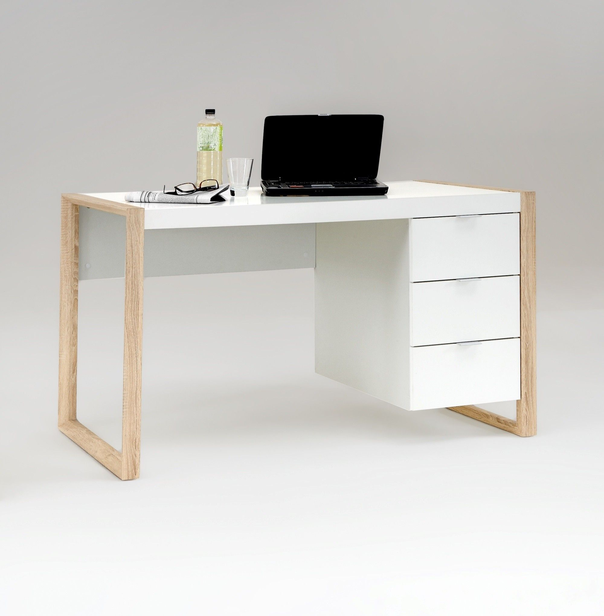 Bureau design 3 tiroirs coloris blanc ch ne for Bureau 6 tiroirs