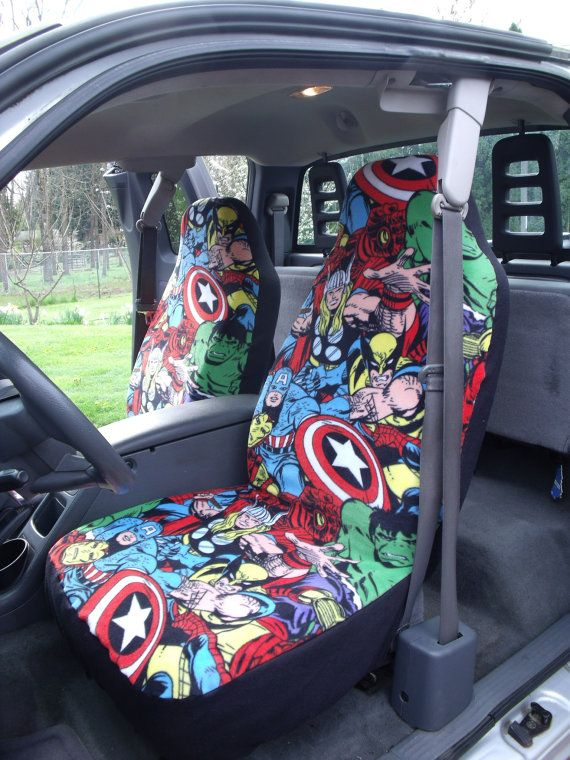 1 Set of Marvel Comic print seat covers and Steeling Wheel cover