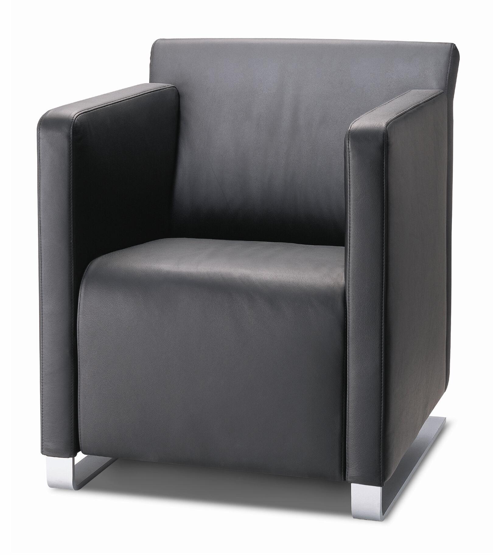 COR Sessel Quant | Der Sessel mit prägnant geschwungener ...