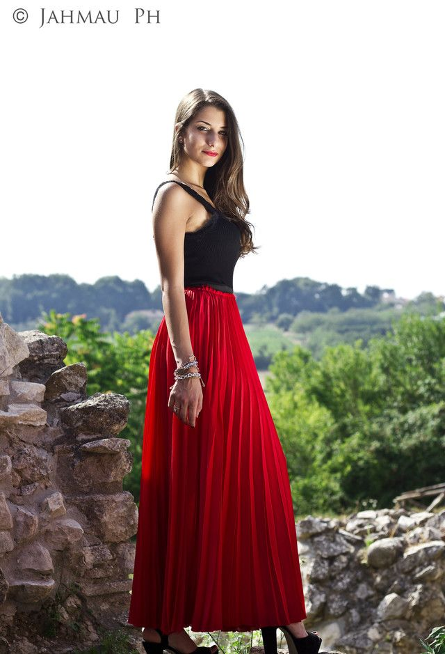 How to Wear Pleated Skirts | Red maxi, Classic skirts and Summer ...