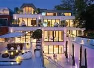 Amazing Mansion/ modern house! I loved this house! Just imagine the interior!