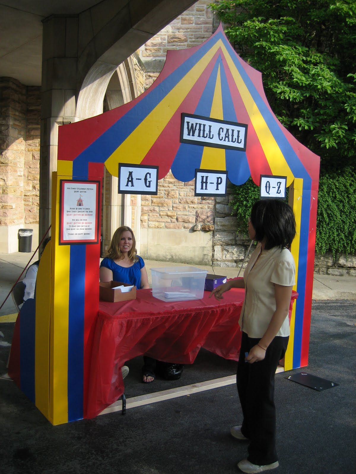 carnival booth designs made of wood | 1200px | Halloween Party Ideas