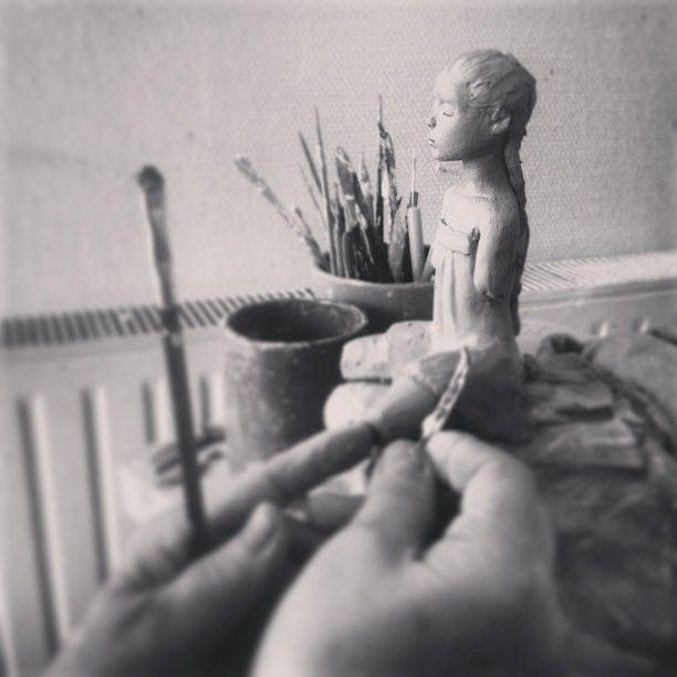 Avant Gouts De La Collection Chimeres Qui Sortira En Bronze A L Automne 2013 Sculptures De Deville Chabrolle C Www Clay Sculpture Sculpting Sculpture