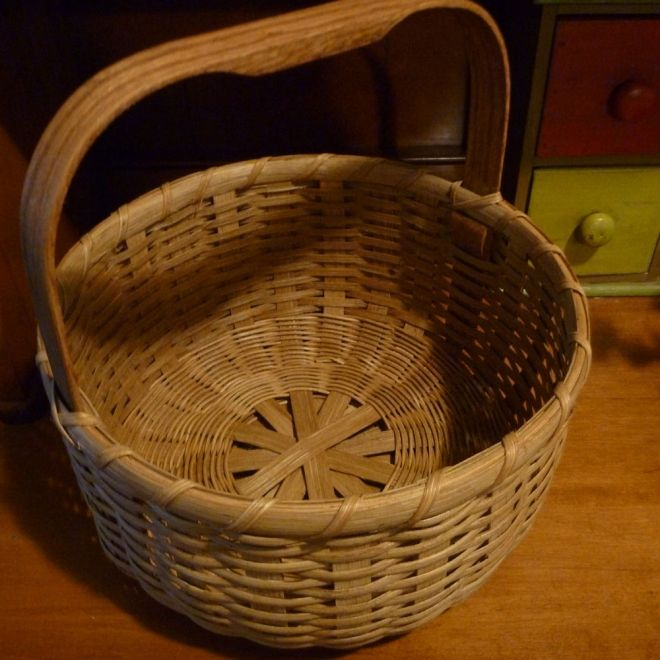 Double Bottom Round Basket Joanna S Collections Country Home Basketry Round Basket Basket Basket Design