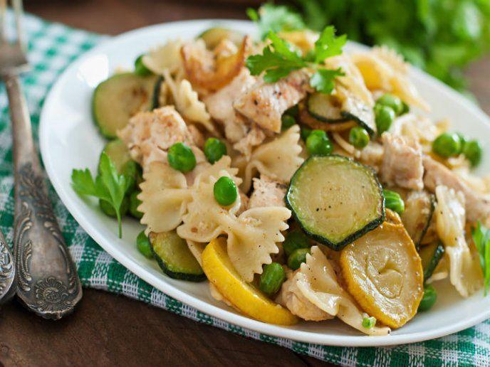Photo of 12 deliciosas ensaladas fáciles con nuez para Navidad