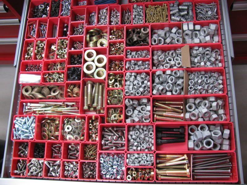 Garage organization hardware organization nut and bolt for Bolt storage ideas