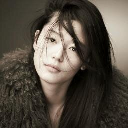 Jun Ji-hyun (Gianna) / Cheon Song-yi fashion