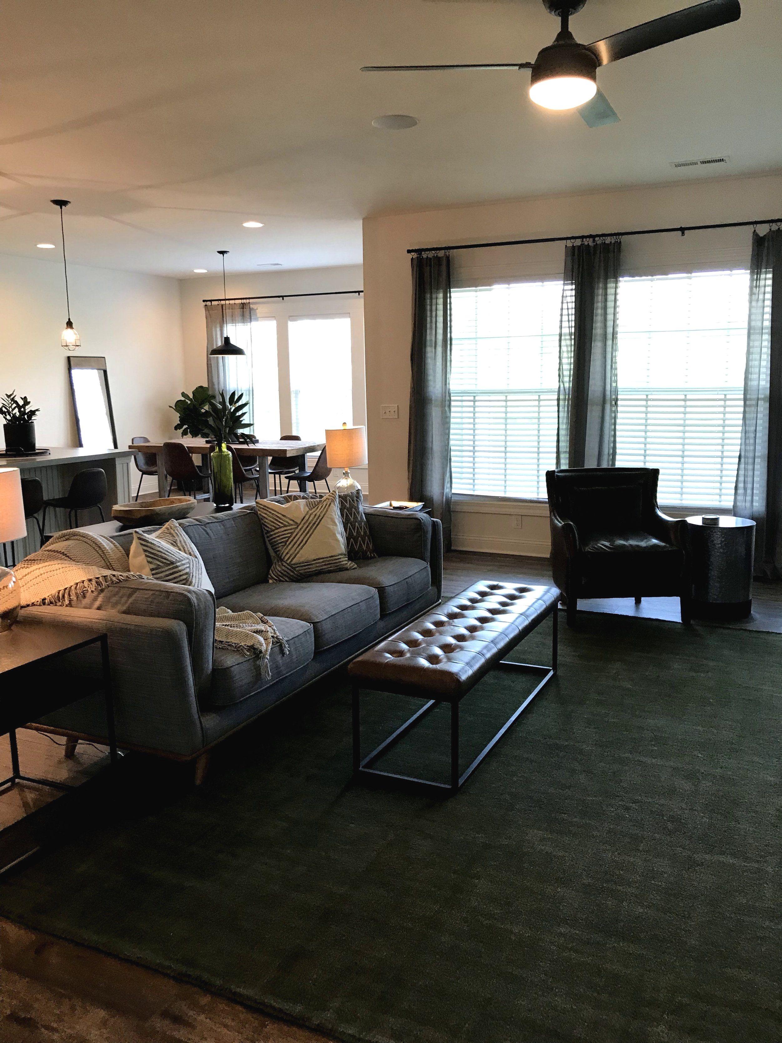 10 Amazing Small Apartment Living Room Designs