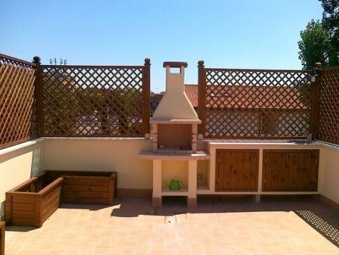 Risultati immagini per pannelli grigliati in legno | terrazze estive ...