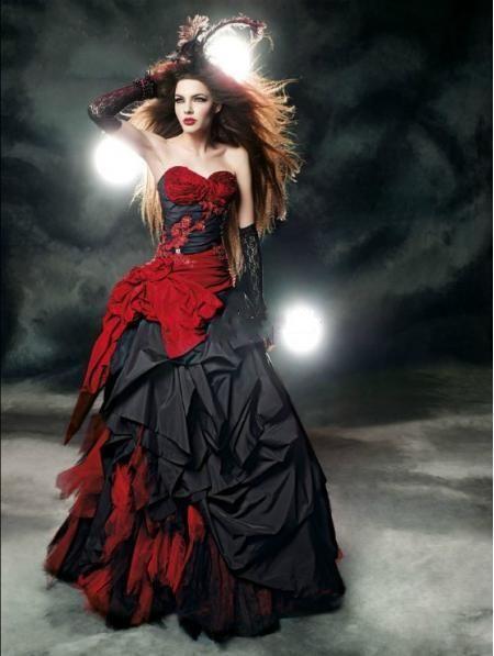 vestidos de novia góticos … | Pinteres…