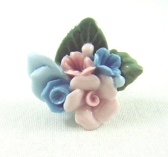 Vintage ceramic porcalin flower bouquet by bunnyboutique on Etsy, $23.00
