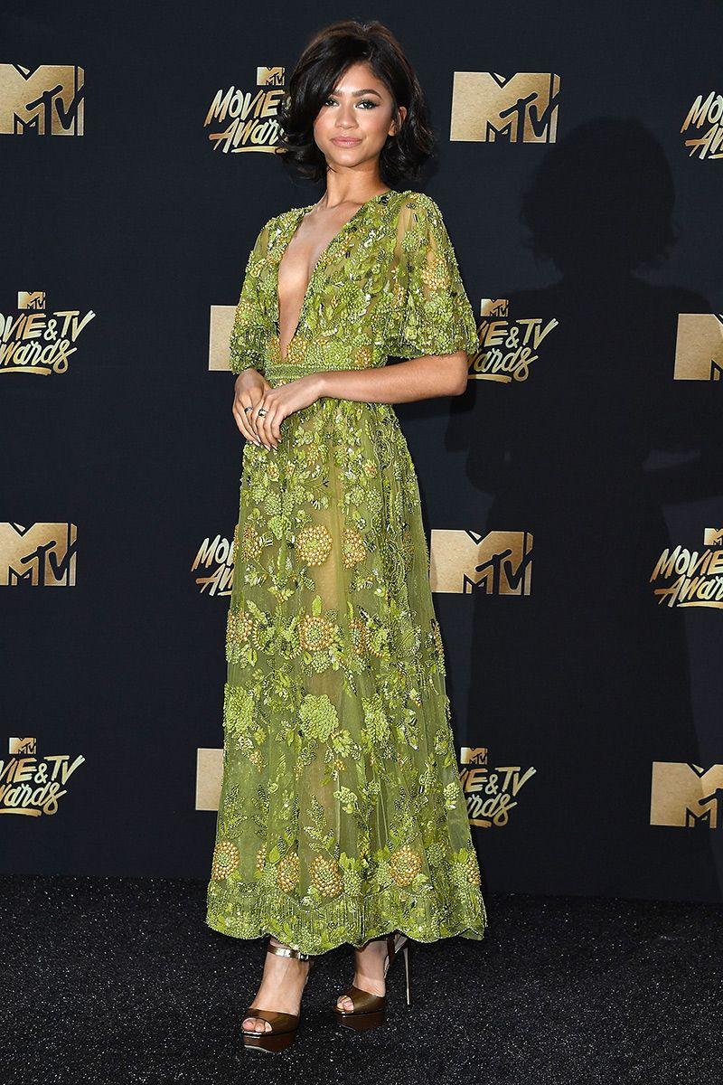Tv awards 2018 dresses styles
