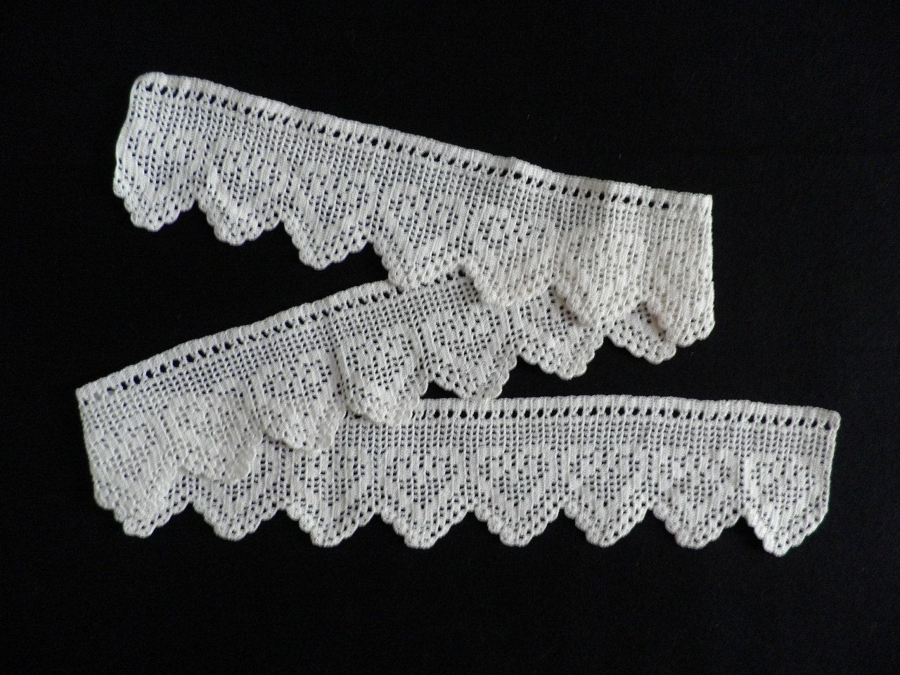 celtic lace crochet trim pattern   Crocheted Lace Edging Vintage ...