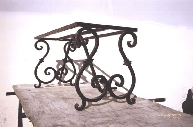 Decorative Wrought Iron Table Legs European Iron Outdoor Table