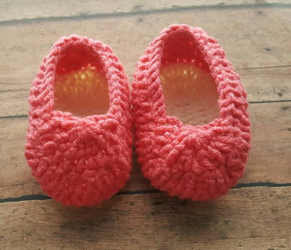Check out this item in my Etsy shop https://www.etsy.com/listing/472271343/crochet-infant-baby-shoes-baby-ballet