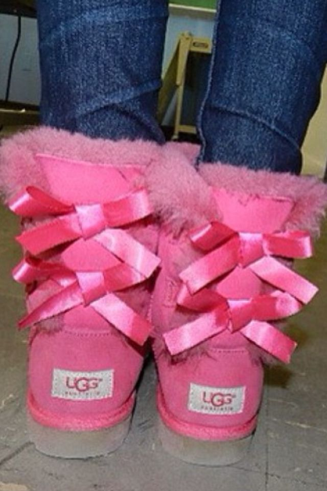Pink UGGS !!! Saw a girl wearing them at the mall!! Want them so bad! Love the bows