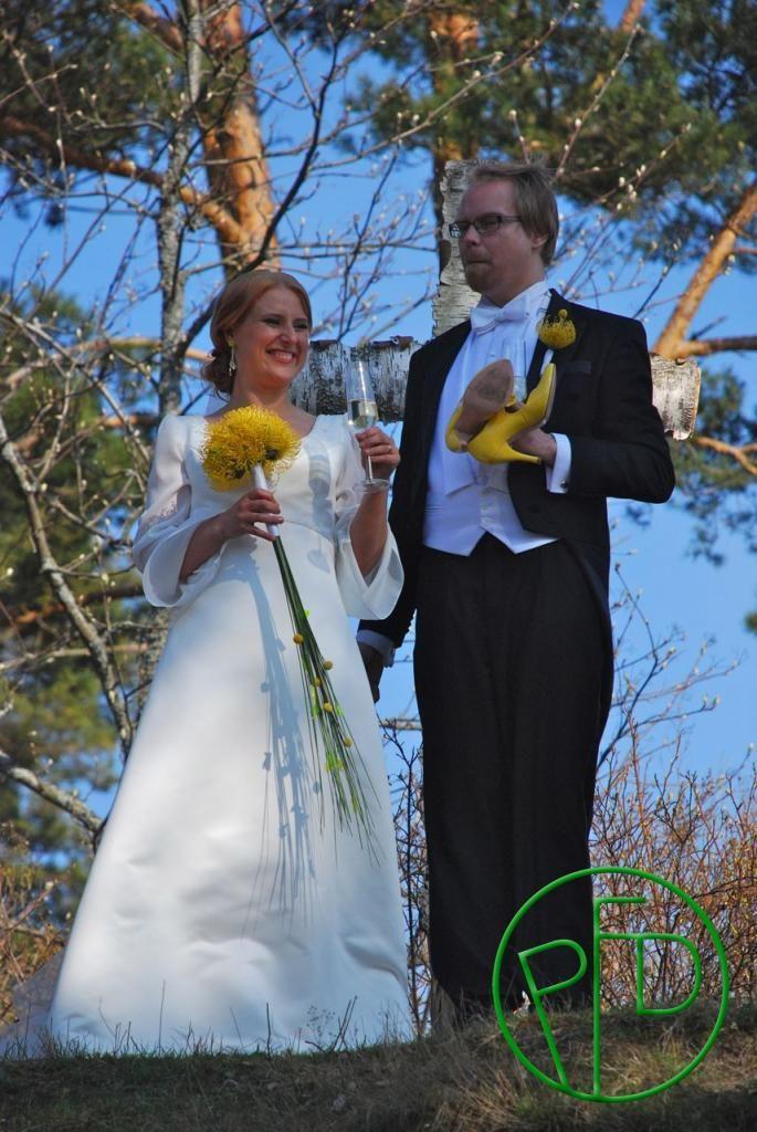 Rakkautta Lauttasaaressa. Love in Lauttasaari. #weddingbouquet #weddingideas