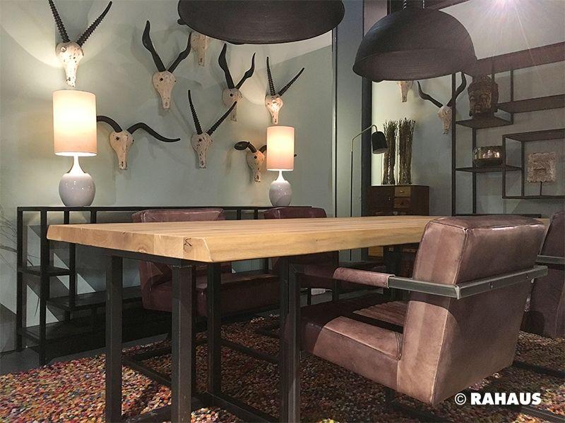 DINING ROOM #Esszimmer #Tisch #Leuchte #table #Einrichtung #Wohnen #Berlin