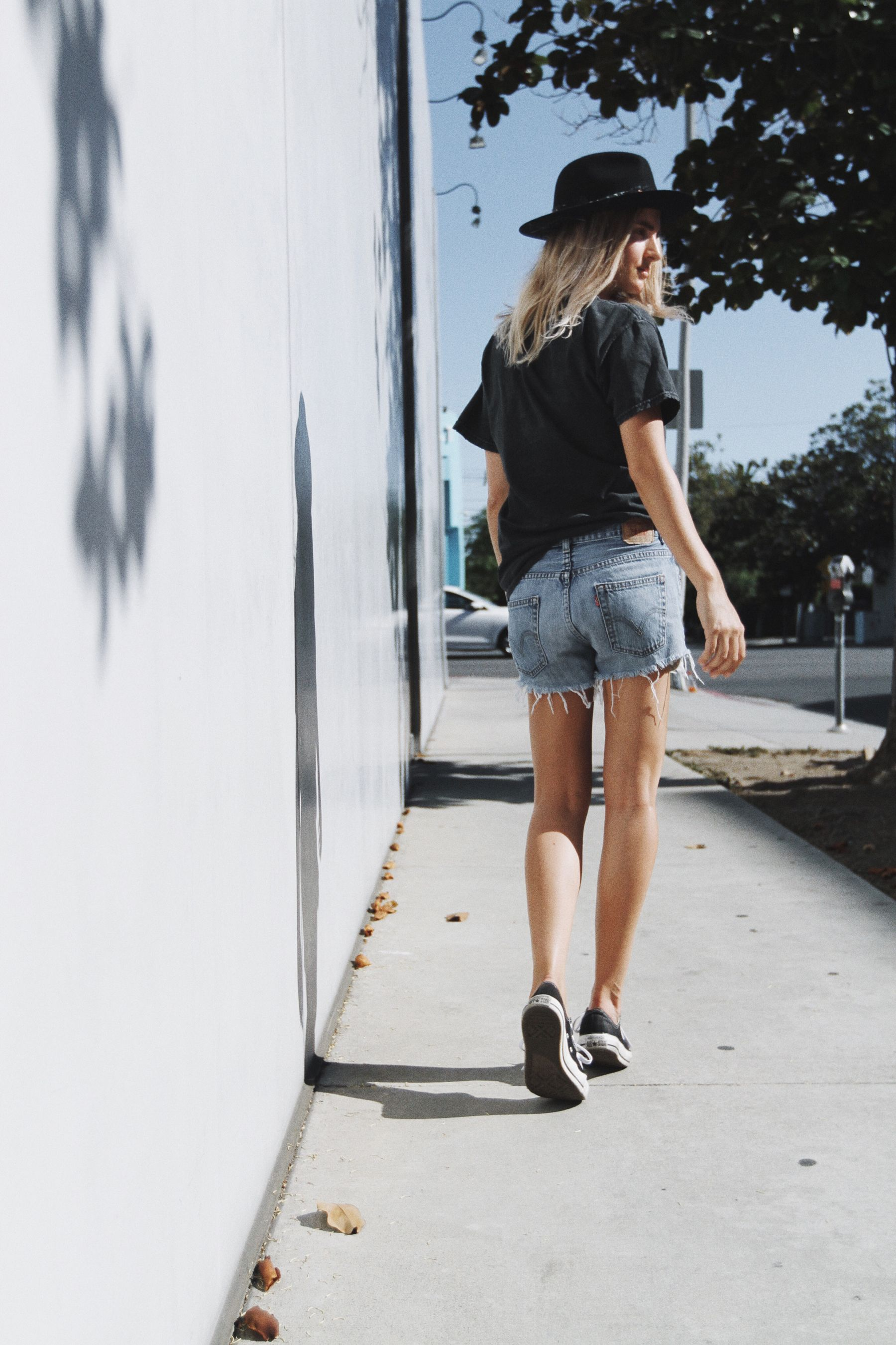 cd7b4e4b47c BRANDY MELVILLE guns n' roses band tee (or here & here) LEVIS vintage 501  shorts (or here) ZADIG ET VOLTAIR alabama hat CONVERSE chucks