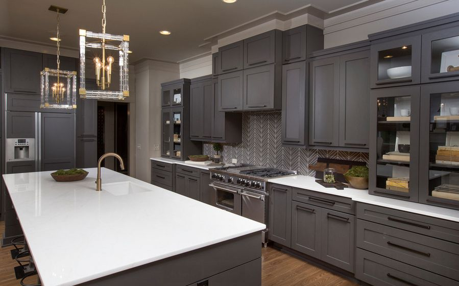 6 Gorgeous Backsplash Ideas For Gray Kitchen Cabinets
