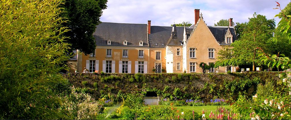 Cau Hotel Loire Valley France And Le Mans 24 Hours