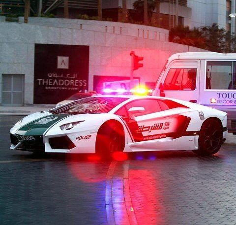 Dubai Police Unveil Lamborghini Aventador, Worldu0027s Costliest Patrol Car Now  Dubai Police Has Officially The Most AWESOME Patrol Cars In The World!