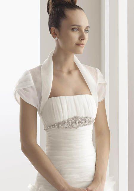 boleros para vestido de novia, el complemento perfecto para esa