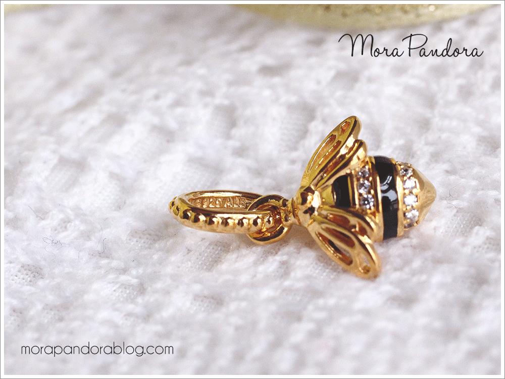 59d4ab831c47e Review: Queen Bee from Pandora Shine | PANDORA | Pandora, Mora ...