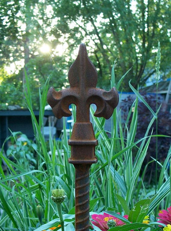 Decorative Steel Garden Stake, Rusty Garden Decor, Heavy Duty, Steel ...